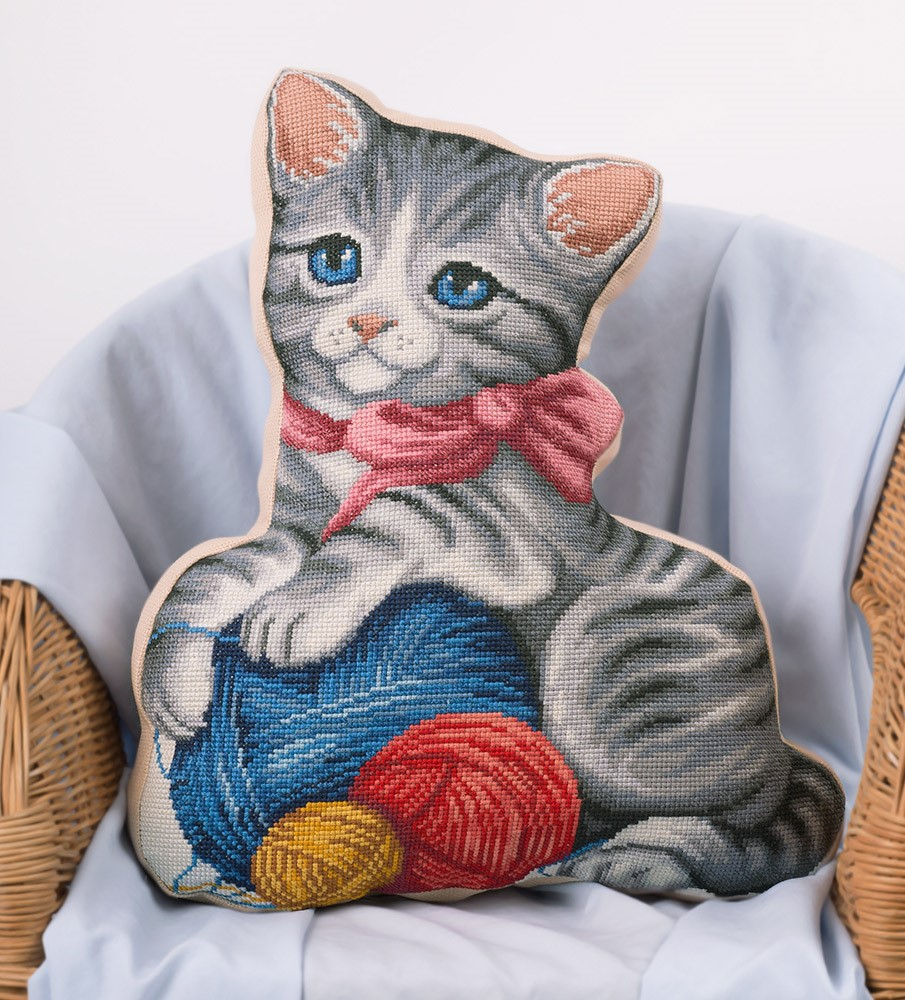 Kitten & Wool Pillow